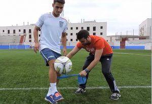 ENtrenamiento preventivo a través de Estabilización de la rodilla con toques de balón en el aire